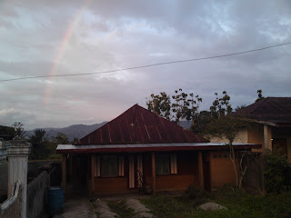 rainbow over that house