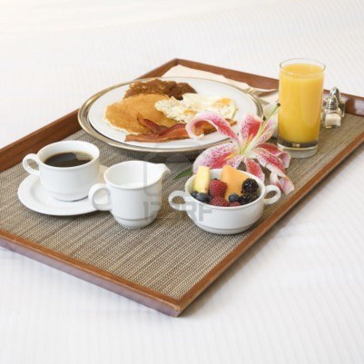 Eventos con amor - Bandeja desayuno cama ...