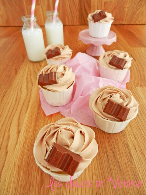 kinder chocolate cupcakes