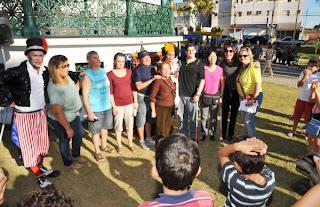 Ouvir para Enxergar: Apresentação do espetáculo Circo das Pulgas