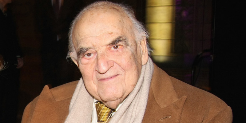 George Weidenfeld - 95-Year-Old Holocaust Survivor Funds Rescue Of 2,000 ISIS Victims