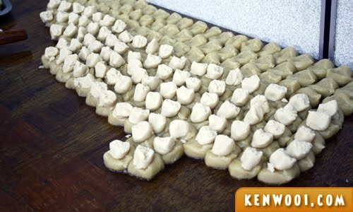 ipoh kaya puff dough