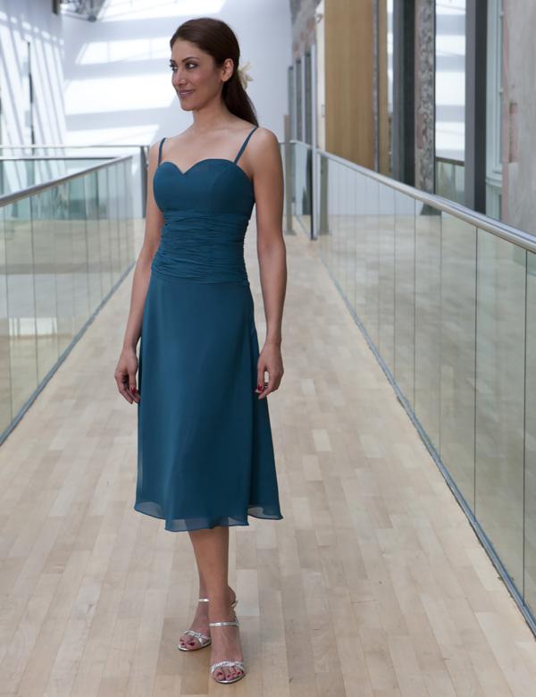 Kleid fur standesamt farbig super kleider 2018 for Brautkleid bonprix