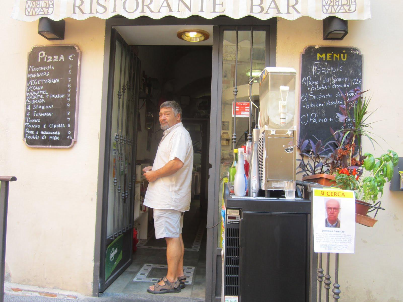 URBICIA VIVAS.. in Piazza dei Dolori!