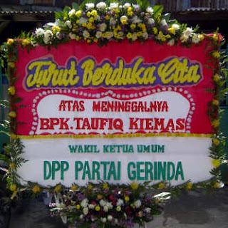 Bunga papan Duka Cita kirim ke menteng, bunga duka cita, bunga untuk orang meninggal