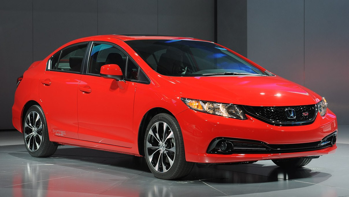 Makyajlı 2013 Honda Civic Sedan (U.S.) Los Angeles'da