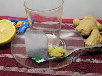 Imbirowa herbatka na imprezowe problemy żołądkowe wyleczyć kaca klin klinem po imprezie kac przyjęciu wymiotuje lekarsto