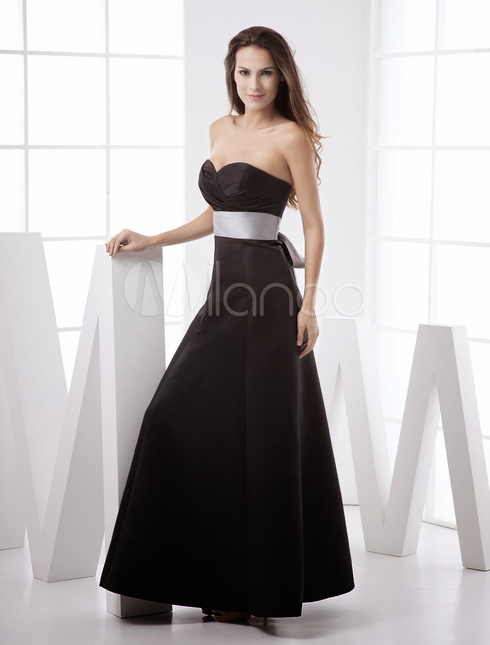 China Wholesale Dresses - Black Strapless Sweetheart Sash Floor Length Satin Bridesmaid Dress