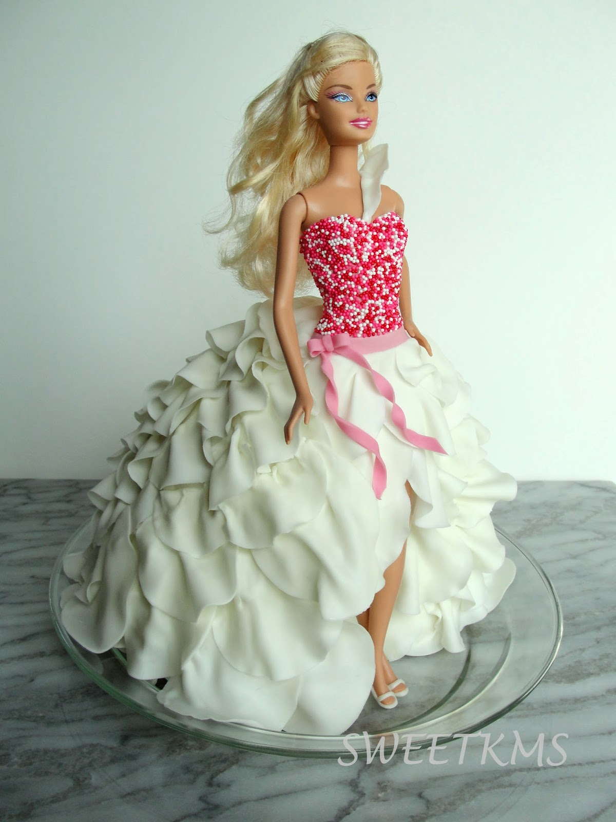 how to make a barbie cake dress