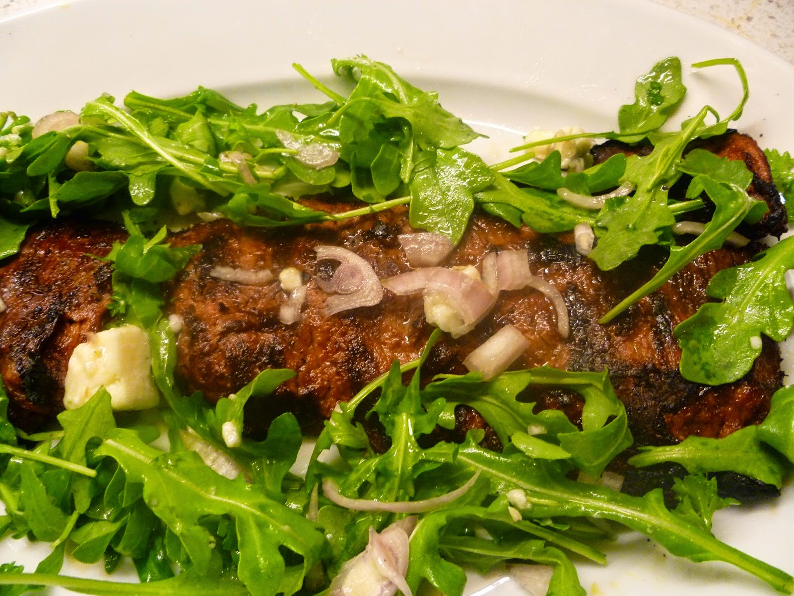 ... Weekend Entertaining...Flank Steak Salad With Arugula And Blue Cheese