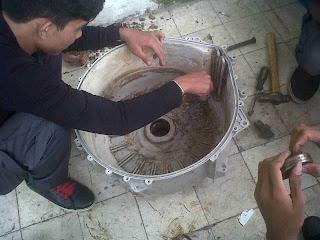 Kami melayani service perbaikan mesin cuci berbagai merk,seperti :