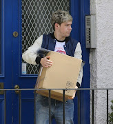 One Direction: Niall leaving Laura's house today .