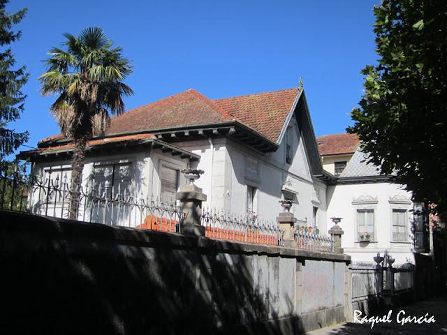 Villas en el Paseo de Nuestra Señora de la Antigua en Orduña (Bizkaia)