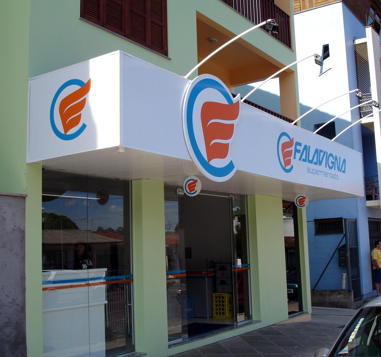 #1D72AE execução de fachada para supermercado de Antônio Prado RS  3312 Janelas De Pvc Caxias Do Sul Rs