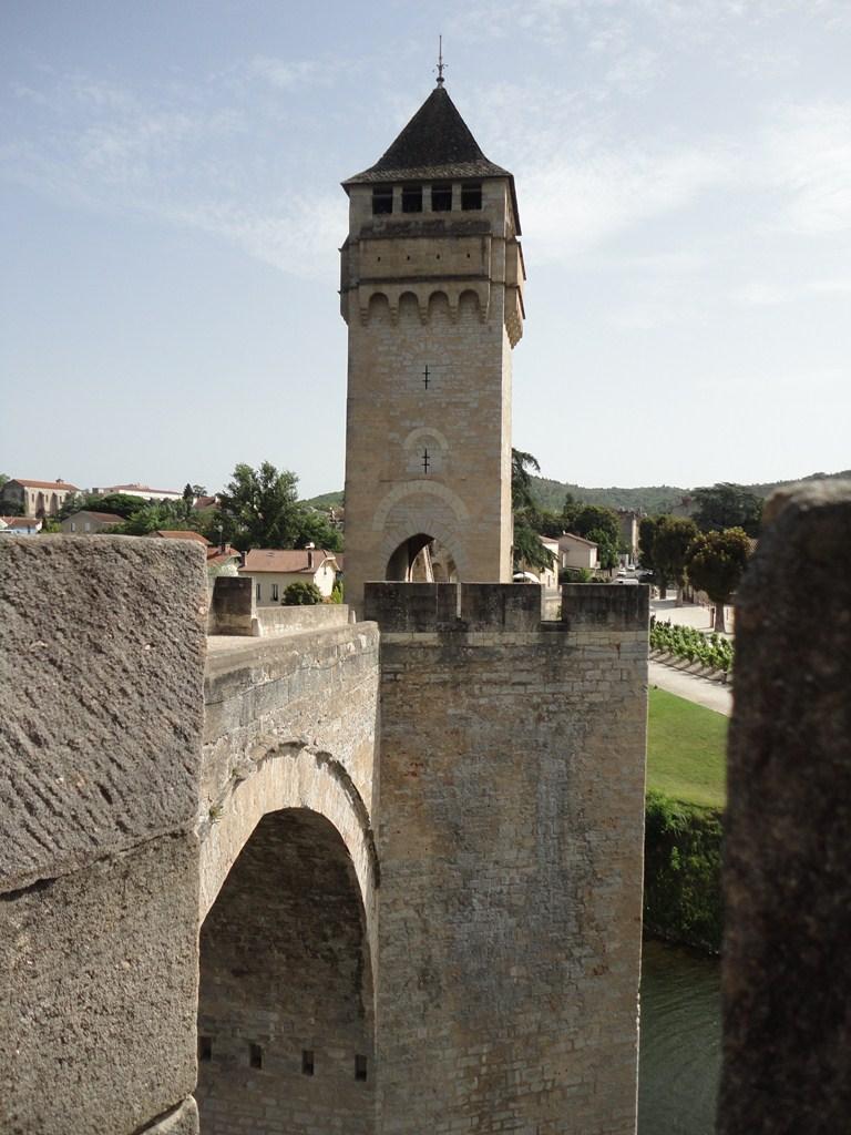 I viaggi di raffaella midi pirenei cahors tra arte e for Piani di ponte ottagonale