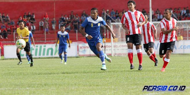 Persib Bandung vs PSP Padang 3-0