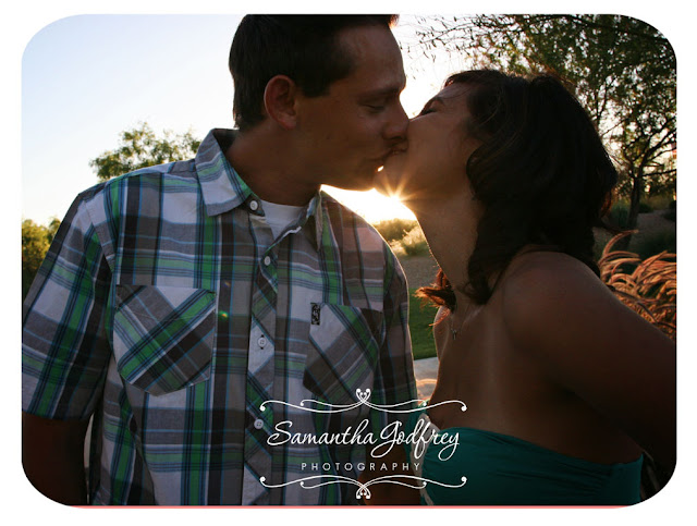 Las Vegas Photographer | Las Vegas Engagement Photographer | Engagement Poses | Las Vegas Senior Photographer | Las Vegas Family Photographer |