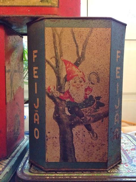 latas, vintage, decoração, a Porta Verde