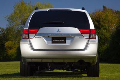 2011 Mitsubishi Endeavor SE