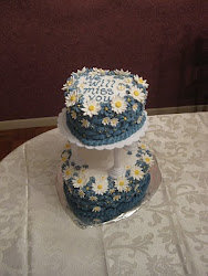 Heart Cake with Daisies - Two-tiered