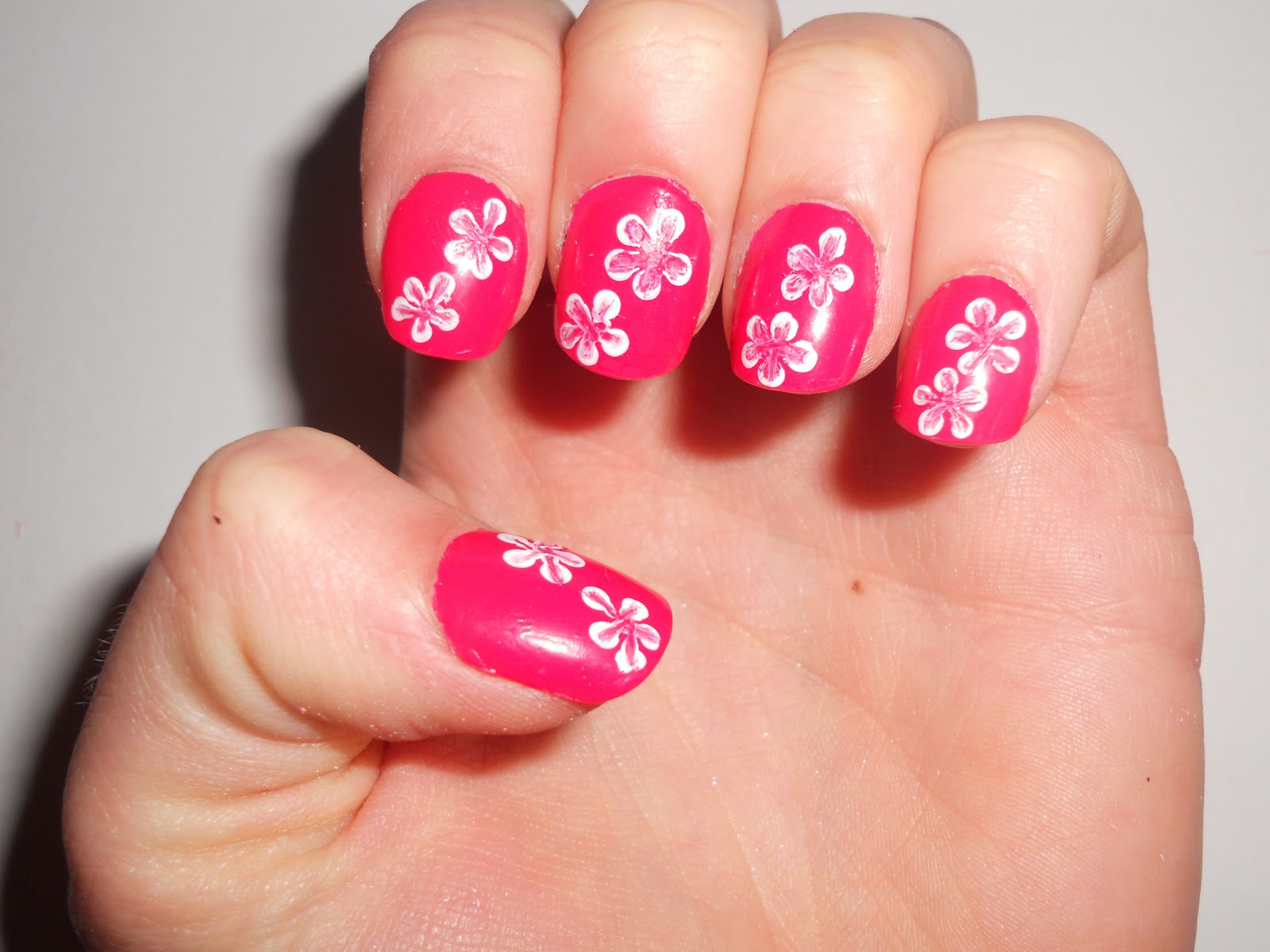 Polished perfect flower nail art flower nail art prinsesfo Images
