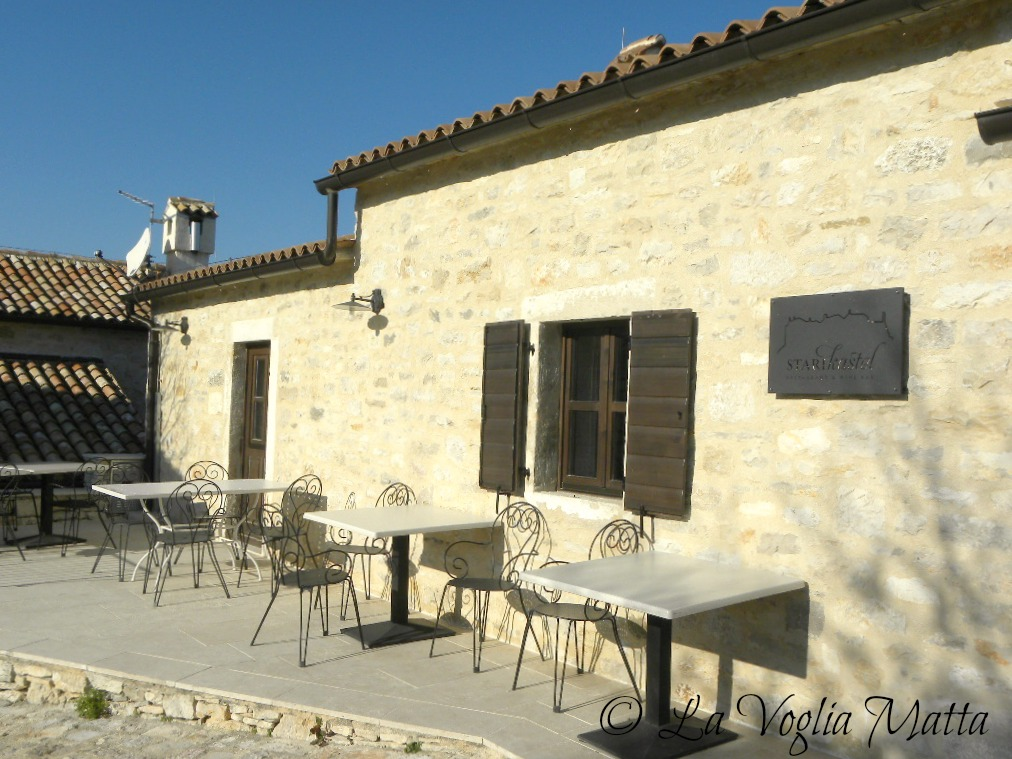 La voglia matta ristorante stari kastel in un antico borgo istriano - Ristorante borgo antico cucine da incubo ...