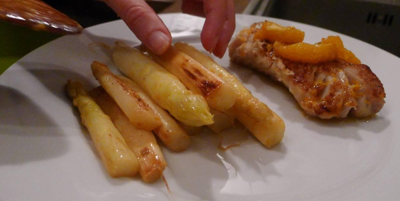 Th matique asperges asperges blanches po l es et poisson l orange - Asperge blanche a la poele ...