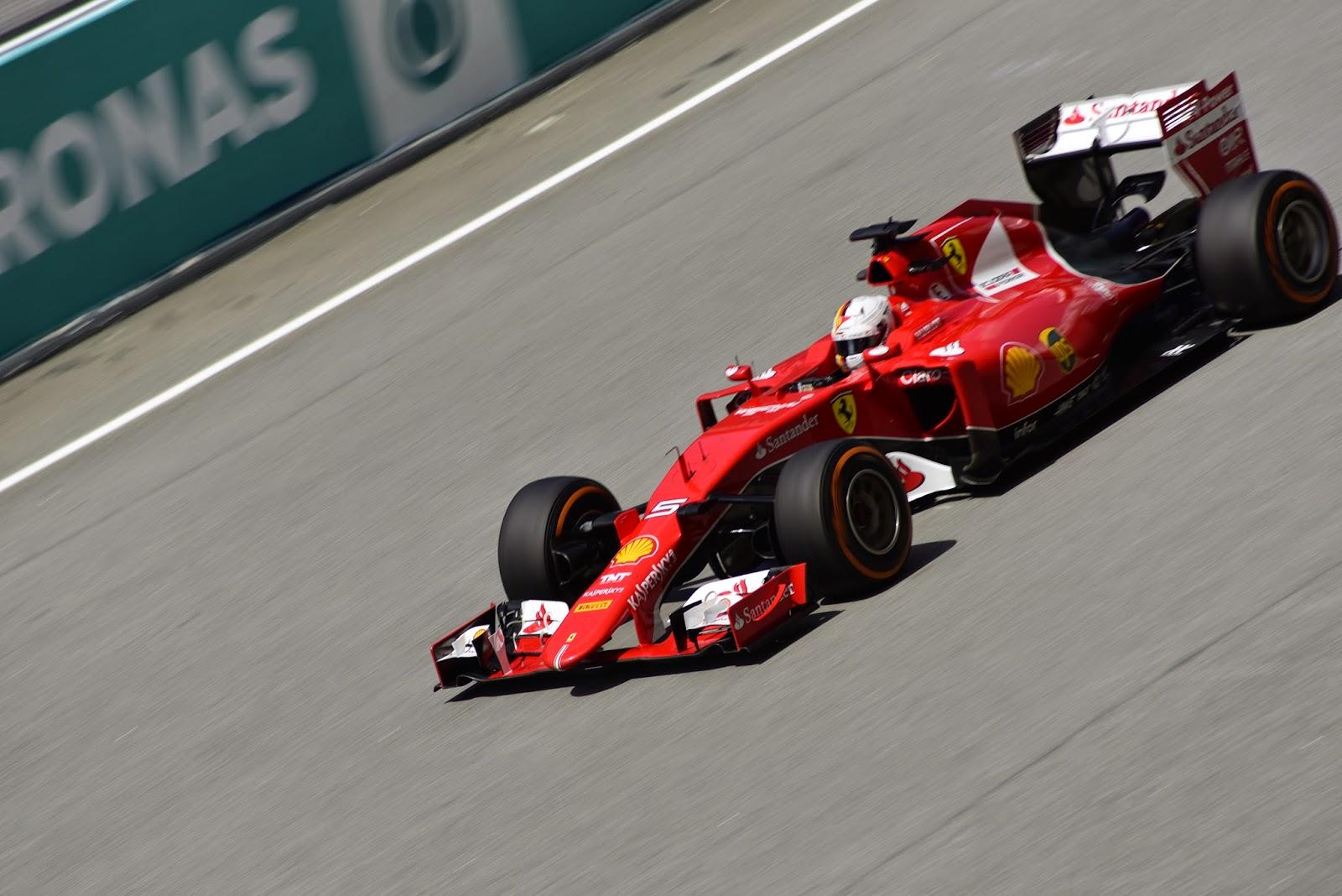 Picture of Sebastian Vettel in Ferrari F1