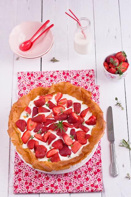 Tarta crujiente de fresas y mascarpone