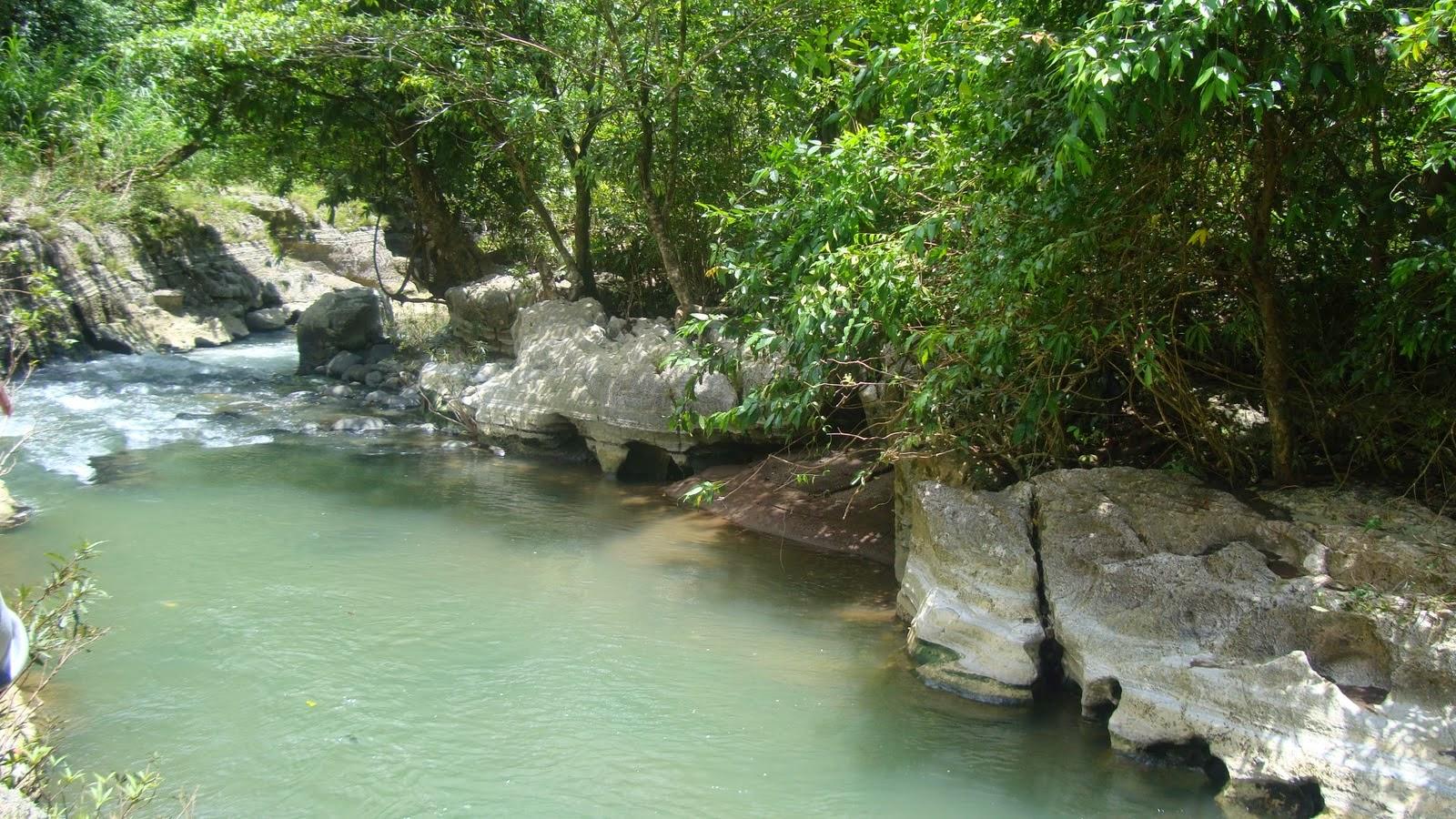 Sungai di Bislab