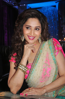 Actress Madhuri Dixit Latest Pictures in Saree at Khoobsurat Movie Promotions On The Sets of Jhalak Dikhhla Jaa  6.JPG