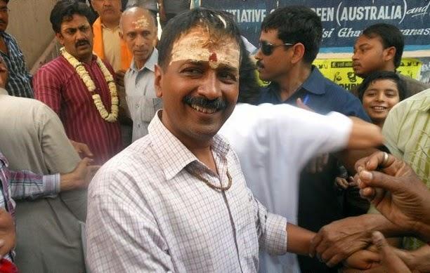 http://www.rediff.com/news/slide-show/ls-election-slide-show-1-poll-meme-of-the-day-chora-ganga-kinare-wala/20140326.htm