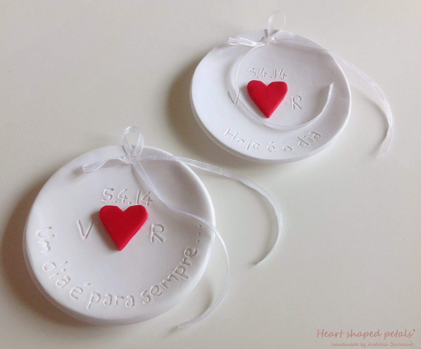 Custom ring bearer dishes
