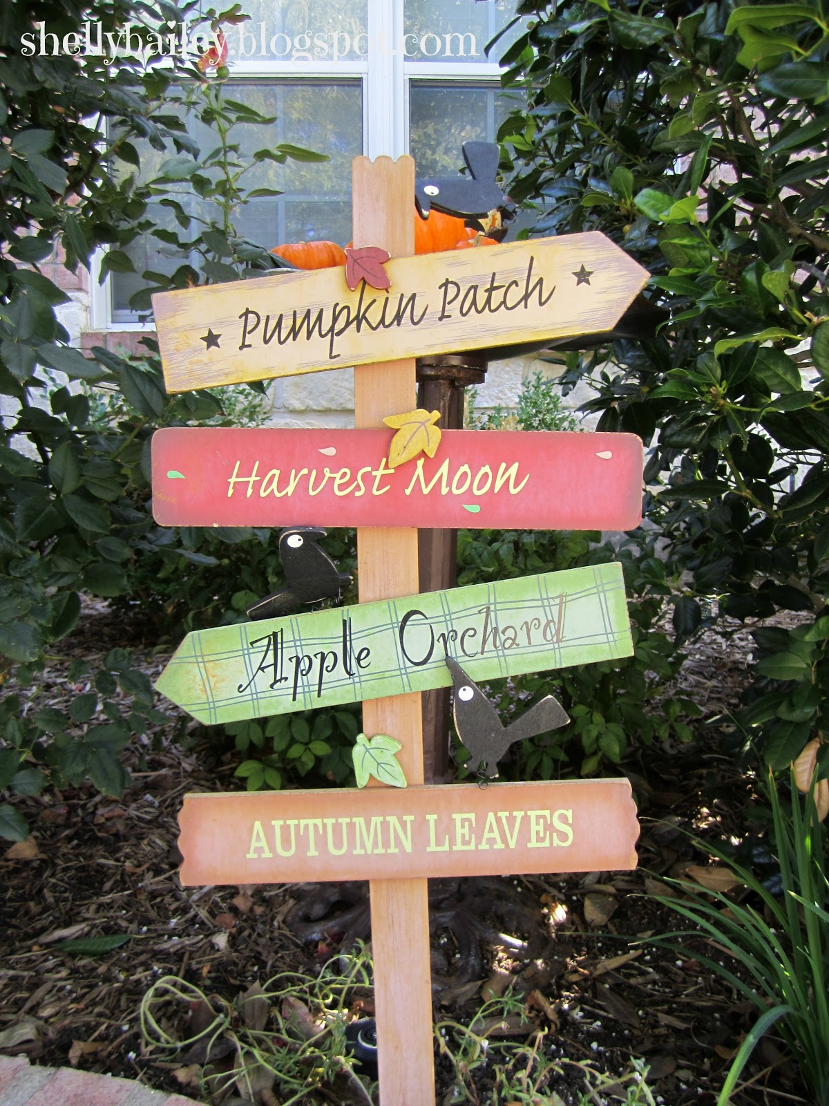 Shelly bailey fall outdoor decorations for Sign decoration
