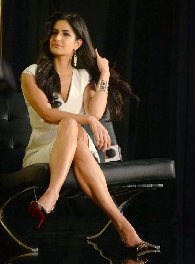 katrina kaif milky legs photo