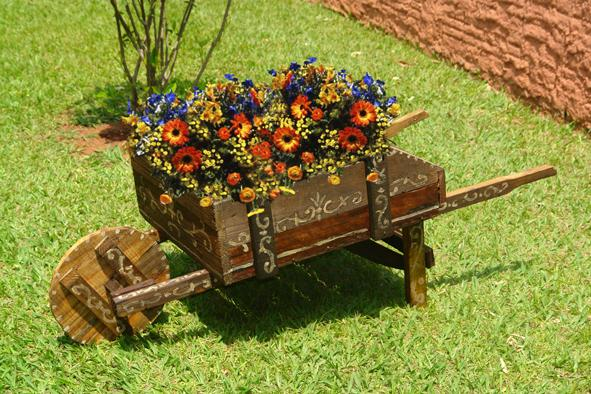 olha aí, adornos para o seu jardim Fácil de fazer e lindo!!!