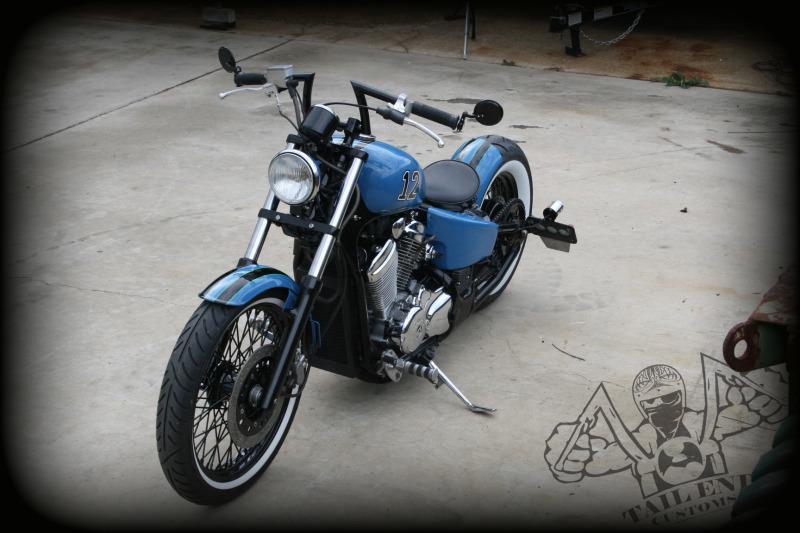 Moto Custom Shadow Vlx 600 Bobber