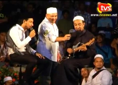 (Video) Hukum Main Alat Muzik Gitar oleh Ustaz Dato' Tuan Ibrahim Tuan Man