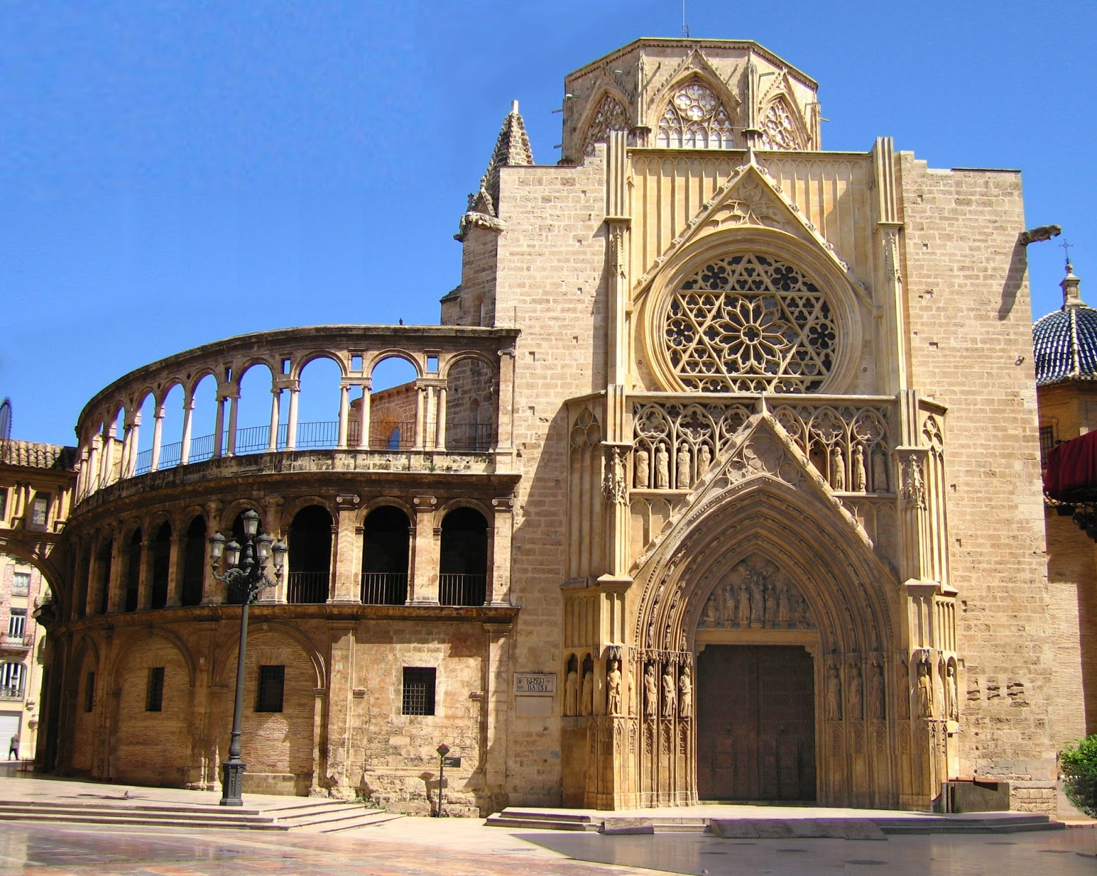 SPAIN: Valencia Holiday and Travel Europe