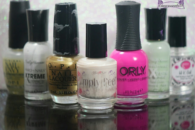O.P.I. Original Nail Envy, Sally Hansen Xtreme Wear White On, O.P.I. 50 Years Of Style, Bliss Kiss Simply Peel Latex Barrier, Orly Risky Behavior, Sally Hansen Xtreme Wear Mint Sorbet, Glisten & Glow HK Girl Fast Drying Top Coat