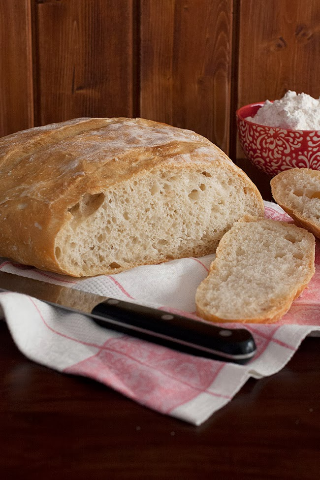Dit i fet cuina. Recepta de pa de pagès o pa rústic.
