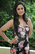 Karthika Nair latest photo shoot-thumbnail-14