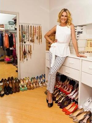 5ad691dacd2ca Ana Hickmann News  Ana Hickmann abre camarim e mostra sua coleção de ...