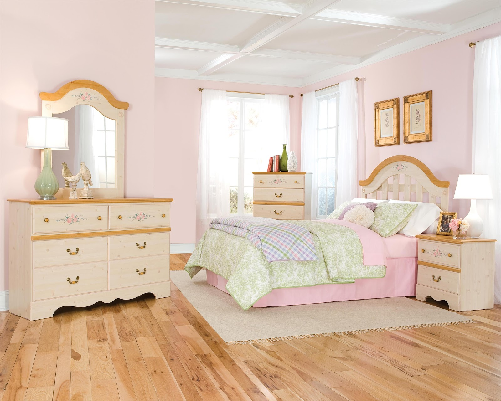 Princess bedroom furniture bedroom furniture high resolution for Girls bedroom furniture