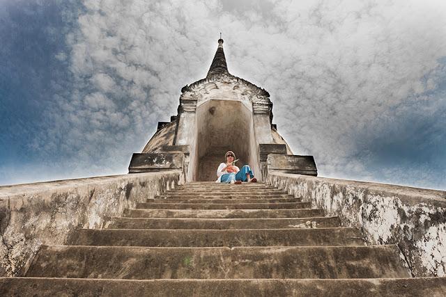 Świątynia w Ajutthaja - Kartki z Podróży