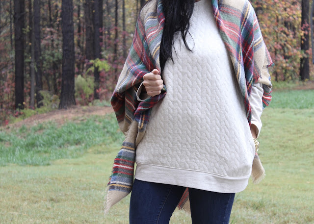 Quilted sweatshirt, plaid blanket scarf