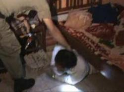 Muda Mudi memadu kasih dikamar disaat Lampu Mati