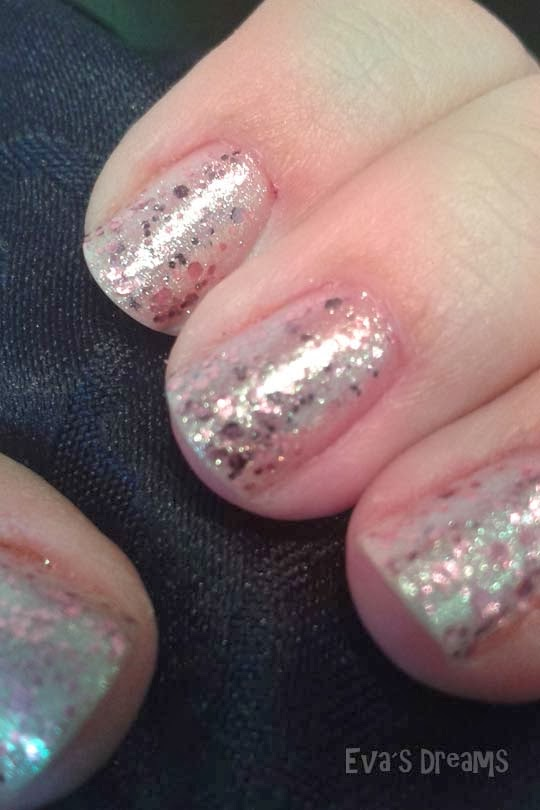 Essence - effect nail polish - glitter jewels - Nagellack