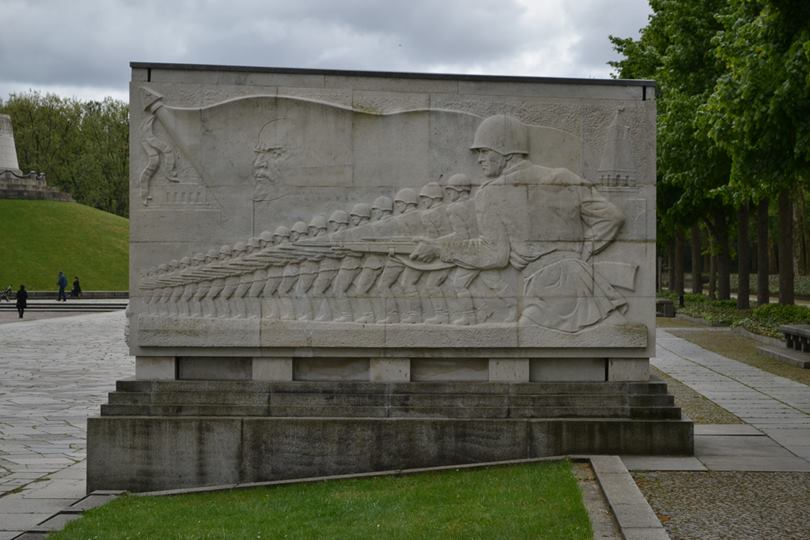 Soviet military relief, Soviet War Memorial in Treptower Park, Berlin