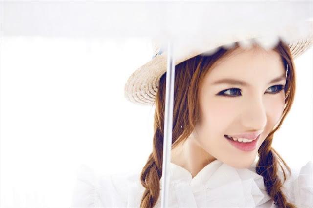 Chinese Model Lei Ke Er Photo Gallery